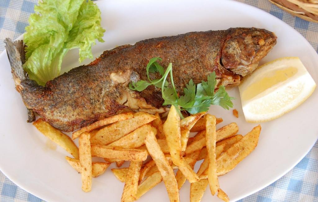 طرز تهیه ماهی قزل آلا سرخ کرده خوشمزه