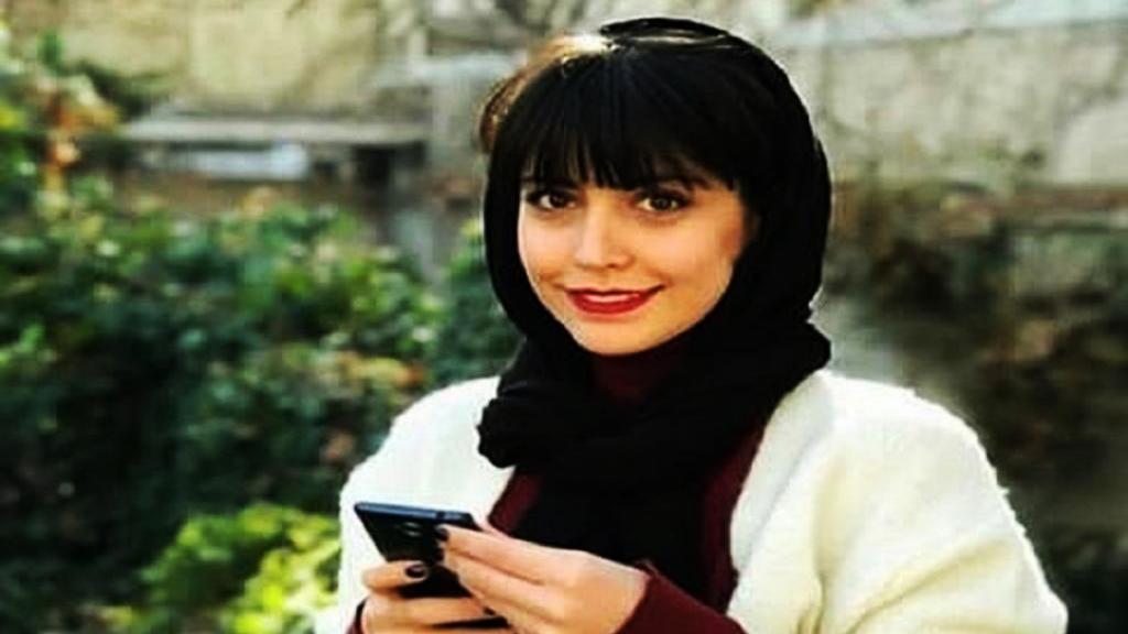 بیوگرافی شبنم قربانی [نقش سارا ملکه گدایان] و همسرش + عکس