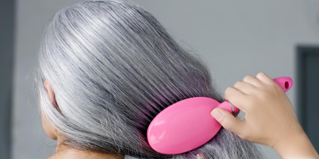 چرا پدیده سفیدی مو رخ می دهد؟