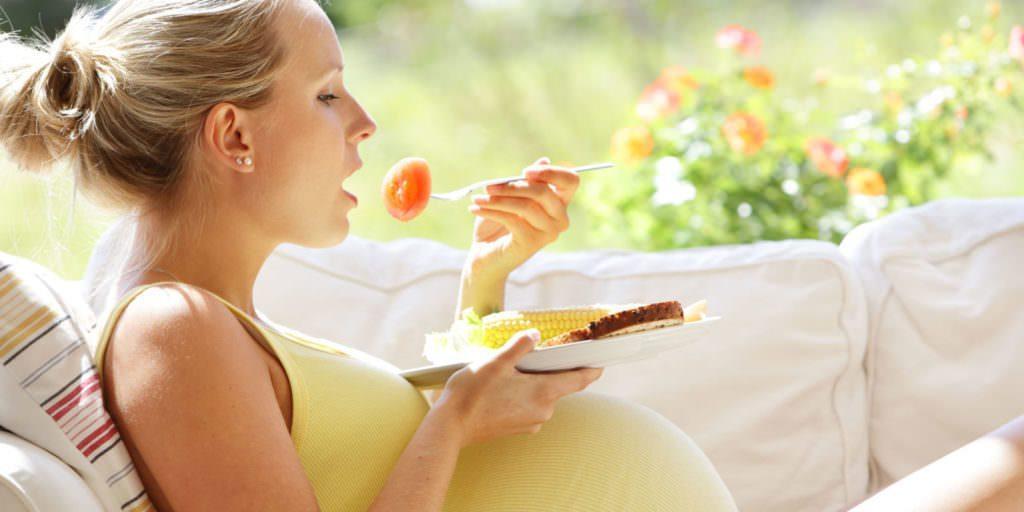 مواد مغذی مهم در رژیم غذایی وگان ها در دوران بارداری