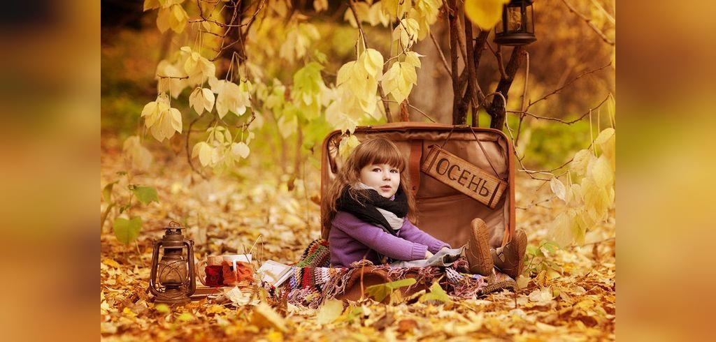 ژست هنری دخترانه شیک در پاییز