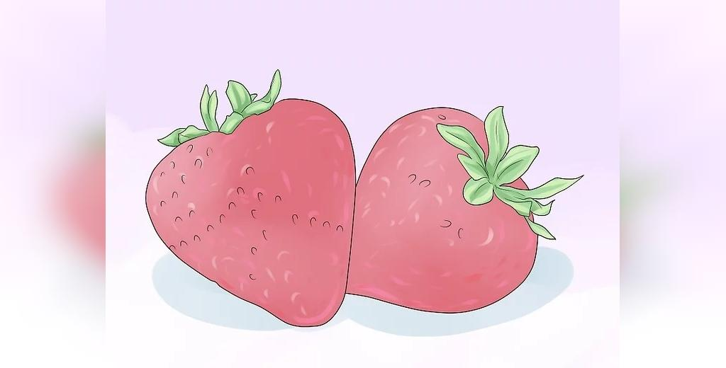 انتخاب توت فرنگی تازه