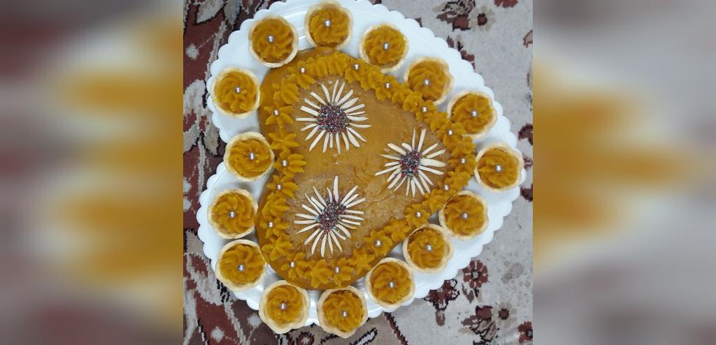 تزیین حلوا با ماسوره شکوفه کوچک