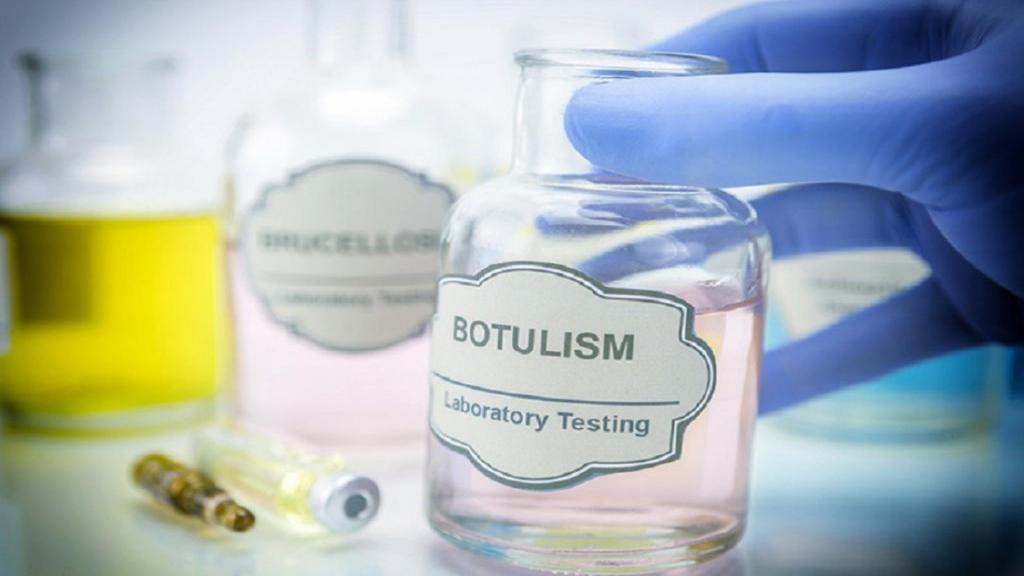 بوتولیسم چیست: انواع، علائم، علل، روش تشخیص، درمان و پیشگیری