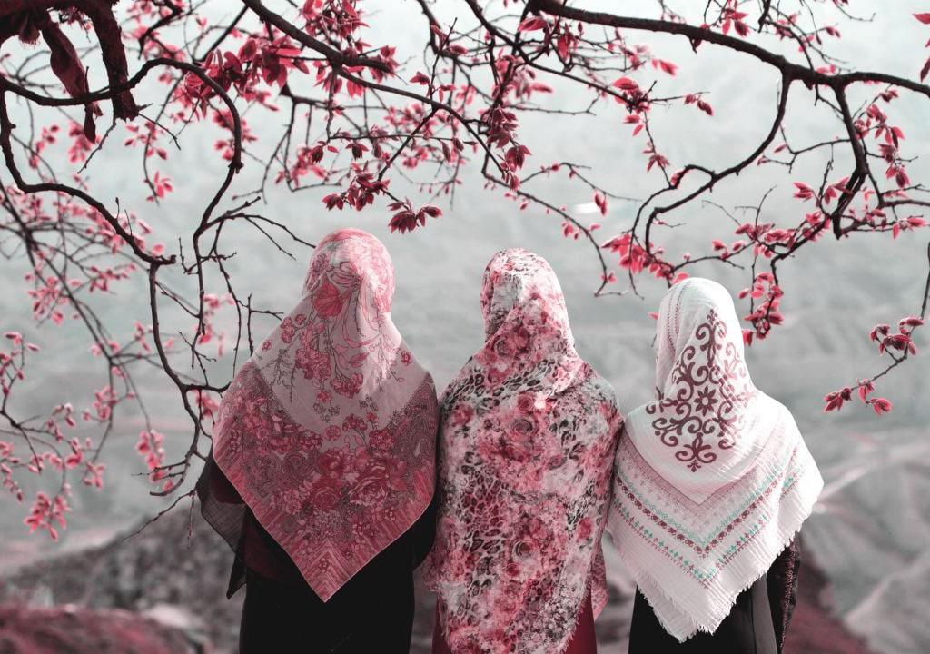 عکس پروفایل بهاری با حجاب