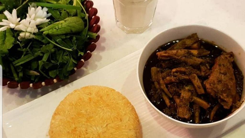 طرز تهیه خورش کنگر خوشمزه و مجلسی + راز خوشمزگی خورشت کنگر