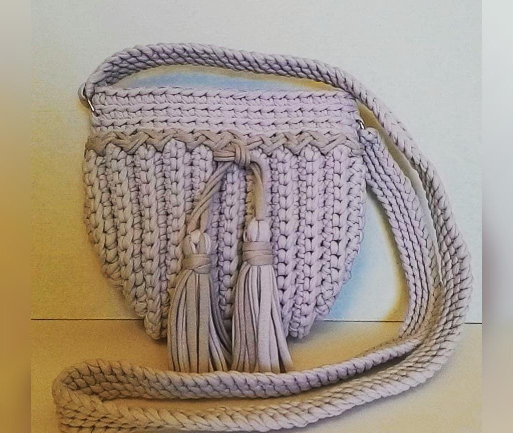 کیف بافتنی زنانه منگوله دار