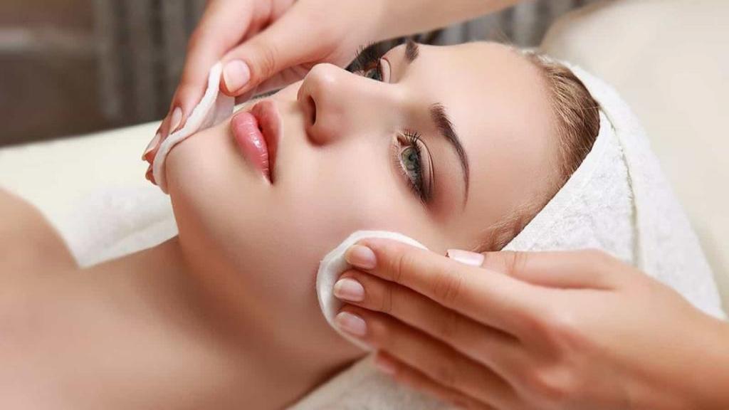 انواع لایه برداری پوست و فواید و روش های خانگی پیلینگ پوست