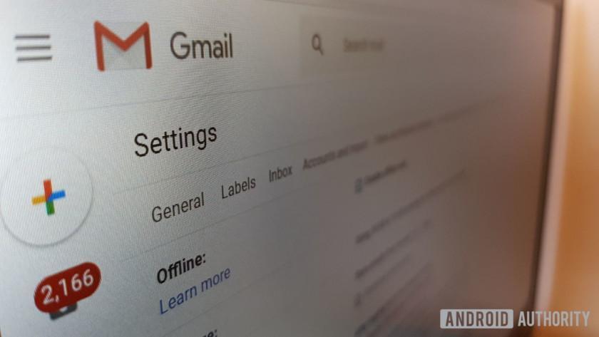 چگونه می توان تمامی ایمیل های یک شخص را درون یک پوشه ذخیره کرد؟