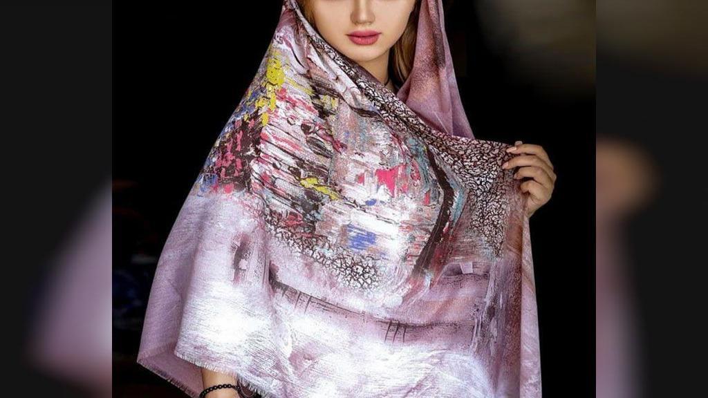 25 طرح متنوع شال و روسری که مدل های معروف ایرانی برای سال 98 می پوشند
