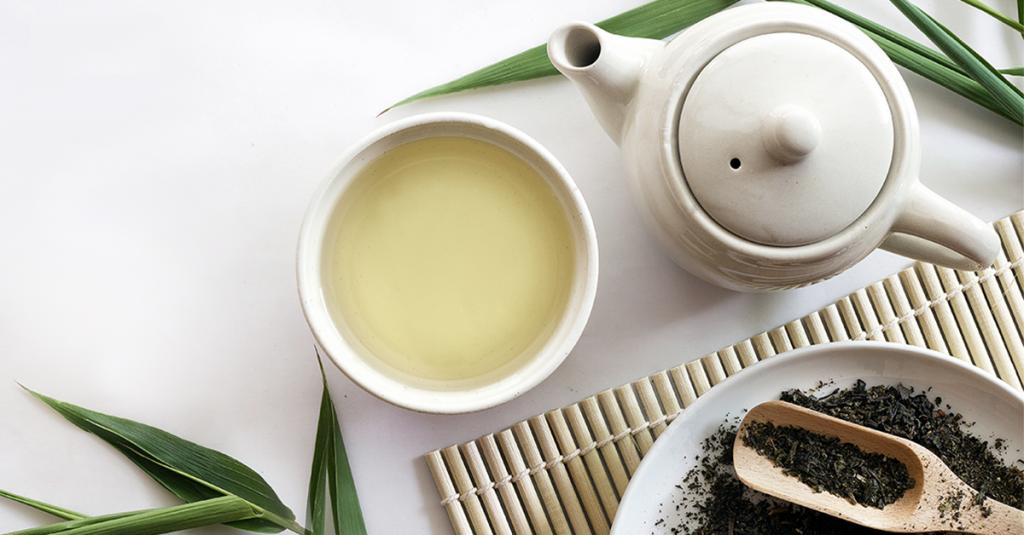 جدیدترین خواص و مزایای چای سفید برای پوست و بدن