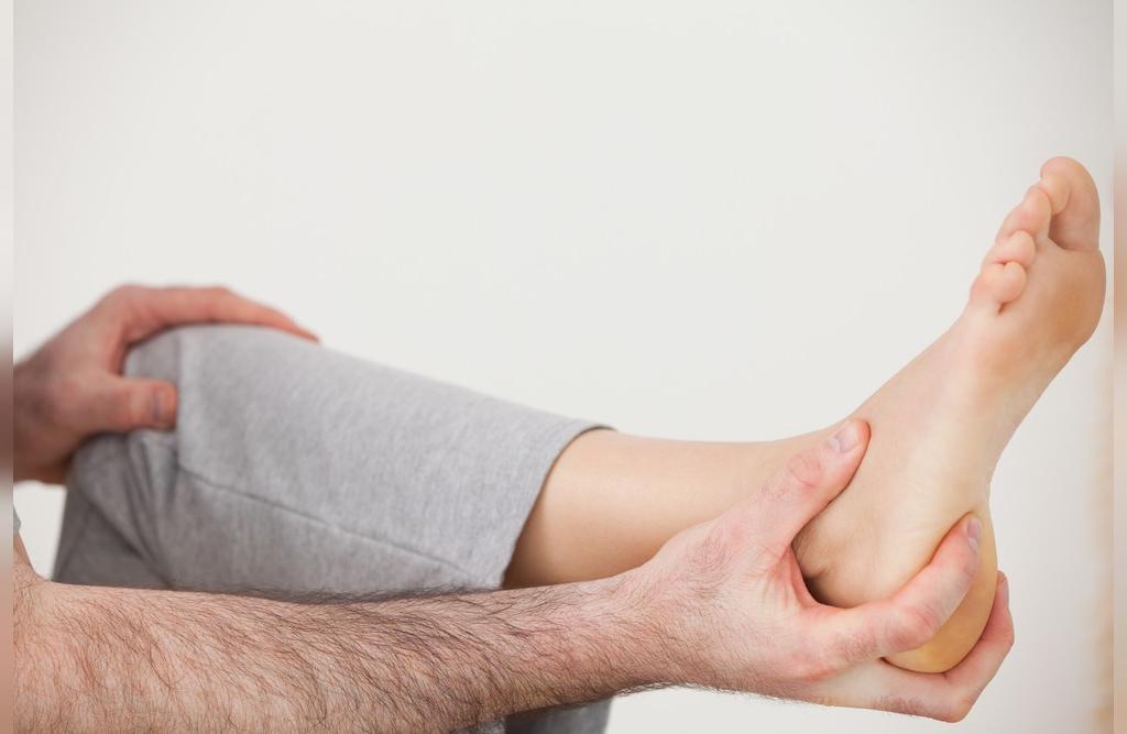 درمان های خانگی خار پاشنه