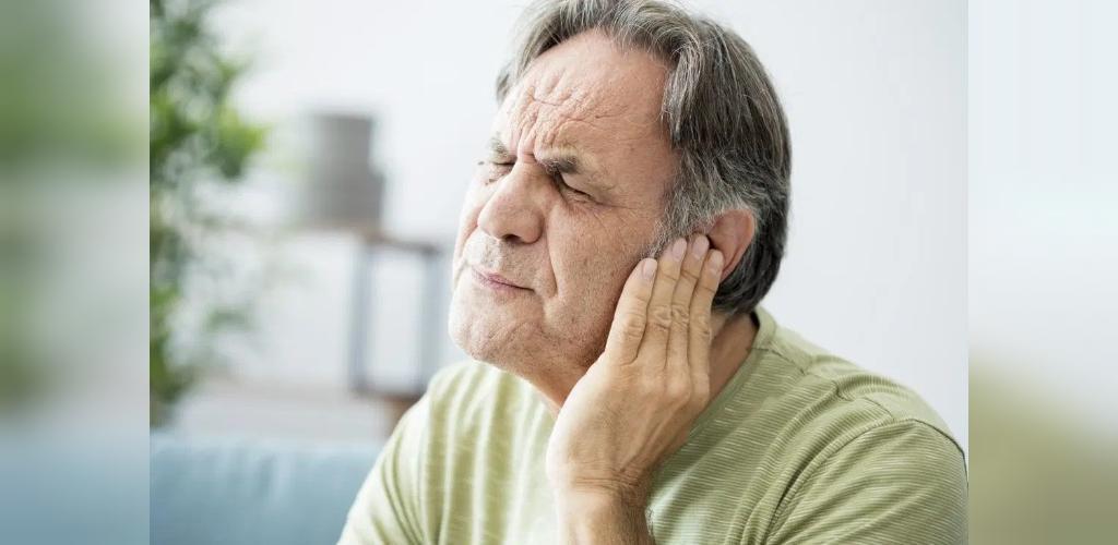عوامل خطر عفونت گوش شناگران