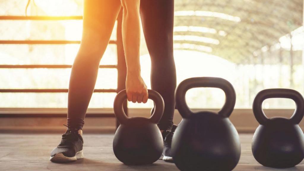 به طور هم زمان عضله سازی کرده و چربی های خود را آب کنید!