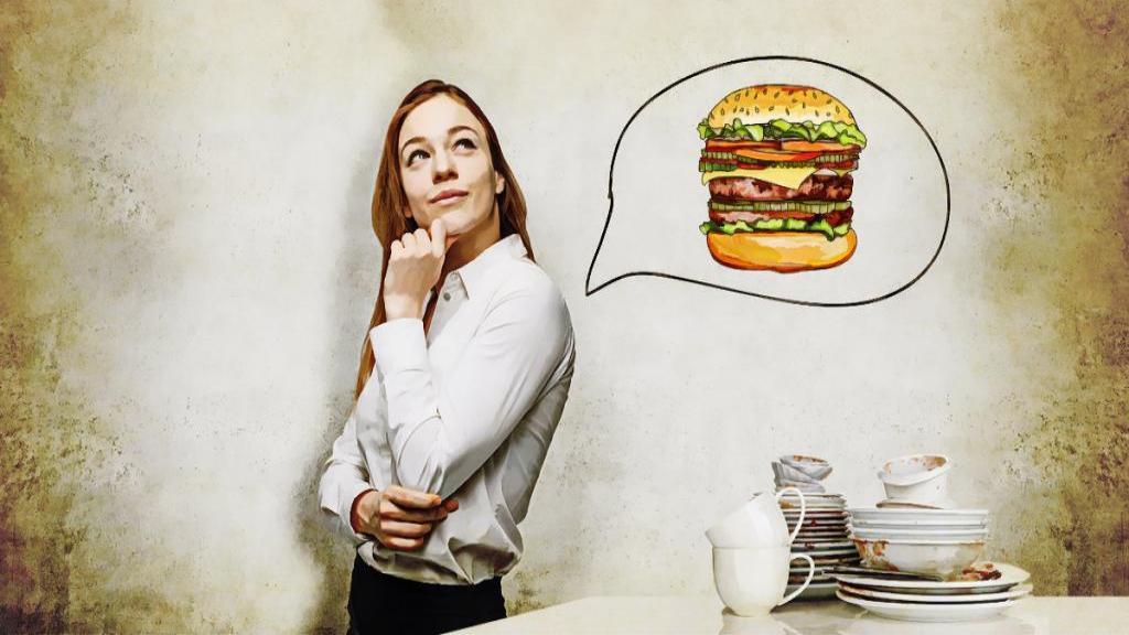 چرا بعد از خوردن غذا احساس می کنید هنوز گرسنه هستید؟