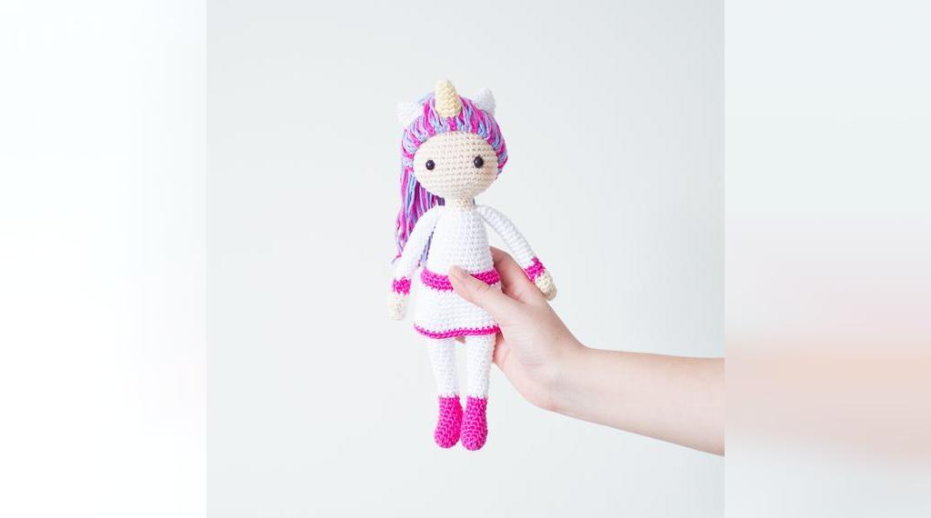 ژورنال عروسک بافتنی اسب تک شاخ با قلاب