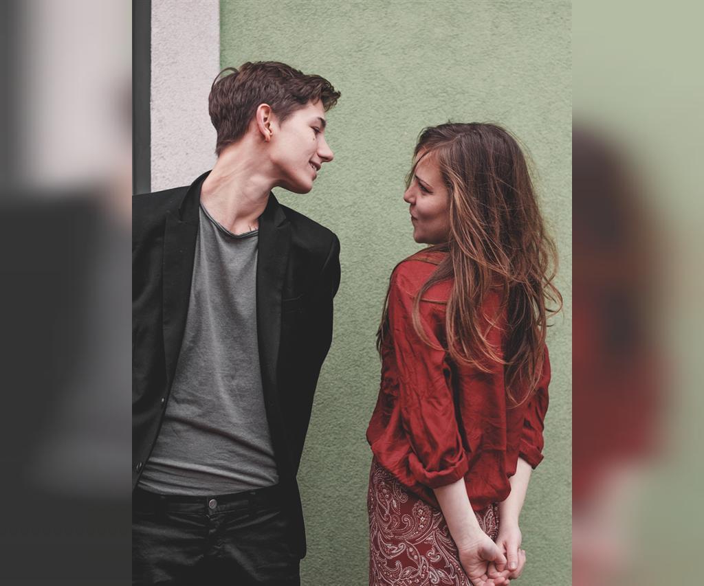 اظهار عشق و دوست داشتن بدون بیان کردن