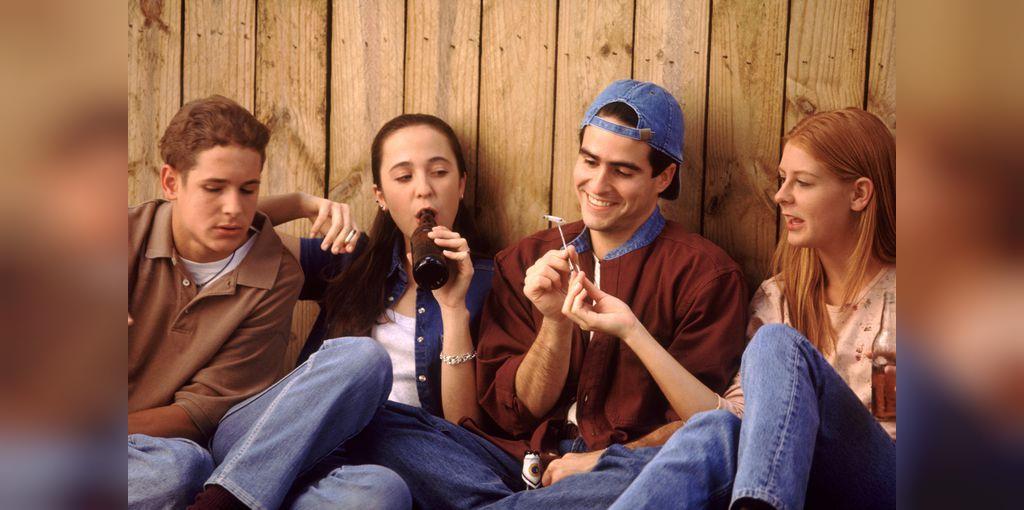 علائم اعتیاد در جوانان