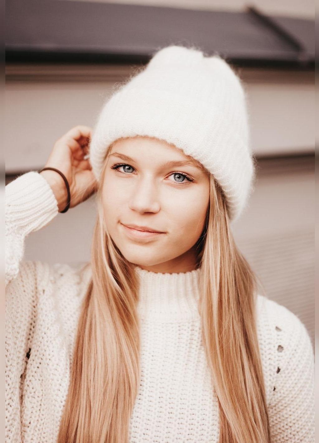 مدل ژورنالی کلاه بافتنی زنانه