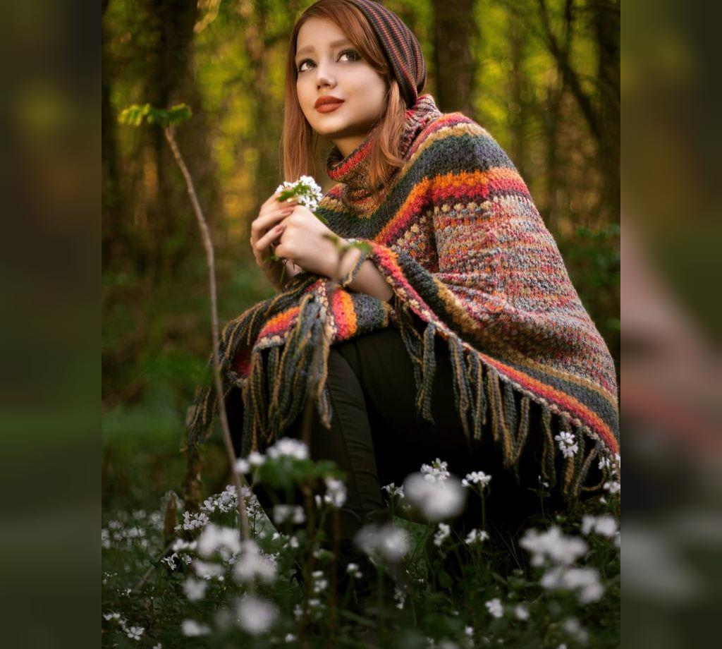 ژست زیبا عکس دخترانه با حجاب