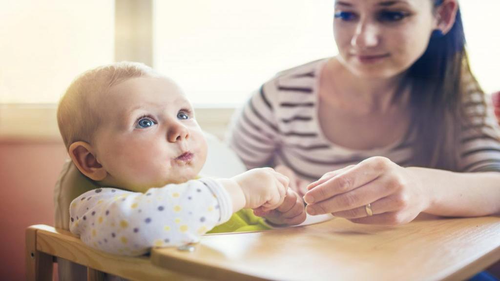 آیا کودکان نوپا می توانند کرفس بخورند؟ (فواید و مضرات کرفس برای کودکان)