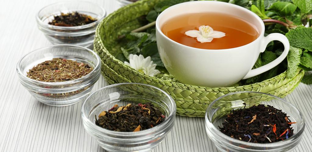 چای گیاهی چگونه می تواند به حل مشکل یبوست کمک کند؟