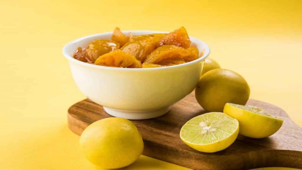 طرز تهیه ترشی لیمو ترش تازه خانگی تند و خوشمزه با آبلیمو