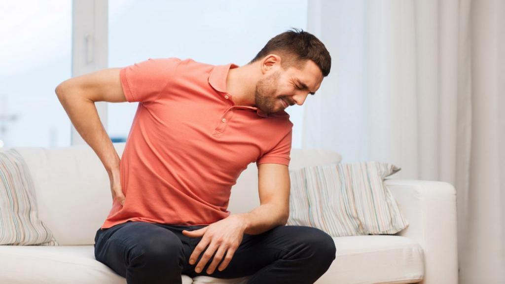 دفع سنگ کلیه در منزل با 10 درمان خانگی، نوشیدنی هایی برای دفع سنگ کلیه