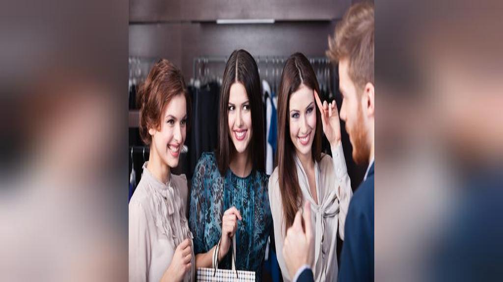 نشانه و خصوصیت های زنان جذاب؛ 10 ویژگی که زنان را برای مردان جذاب می کند