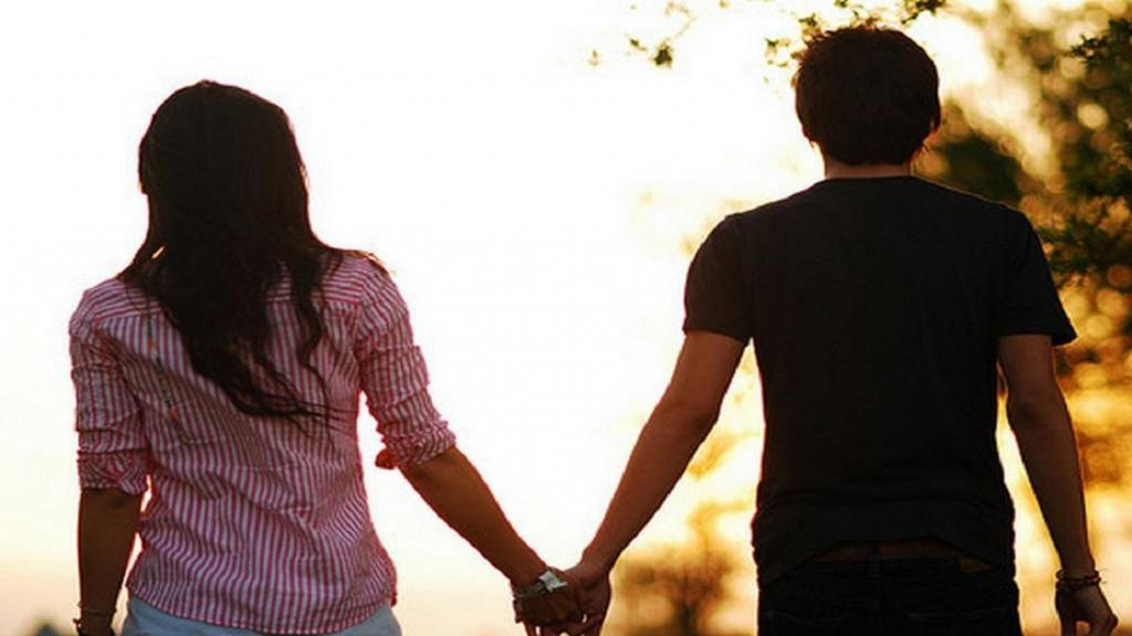 ازدواج سفید چیست؟ حکم شرعی، معایب و اثرات مخرب آن برای زنان