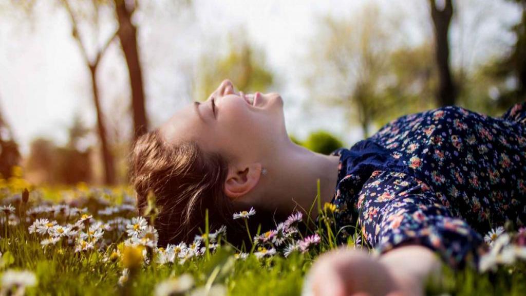 تکنیک های کسب آرامش؛ 12 راه قدرتمند برای کاهش و آرام کردن اضطراب
