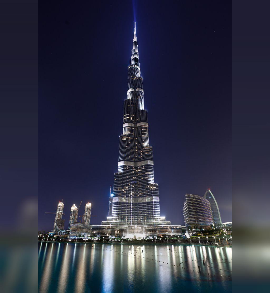 عکس برج خلیفه در شب