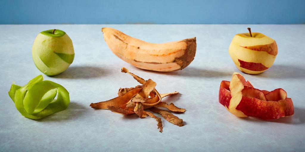 پوست کندن میوه ها و سبزیجات برای از بین بردن باقی مانده آفت کش ها