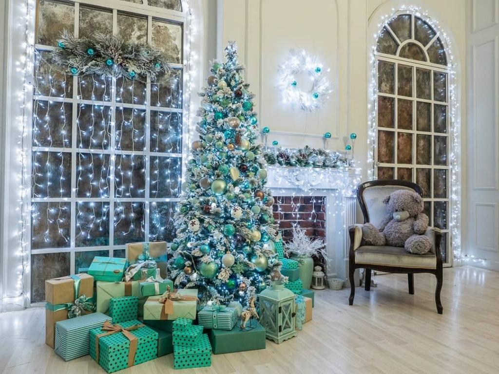 مدل تزیین درخت کریسمس با چراغ