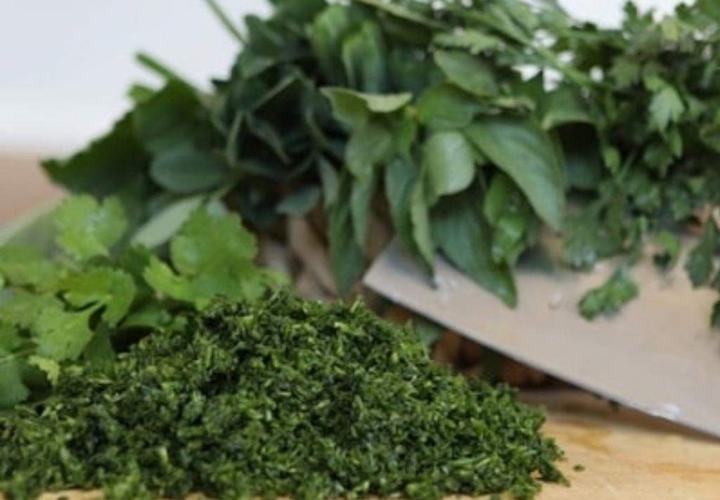 دستور پخت آش سبزی شیرازی خوشمزه