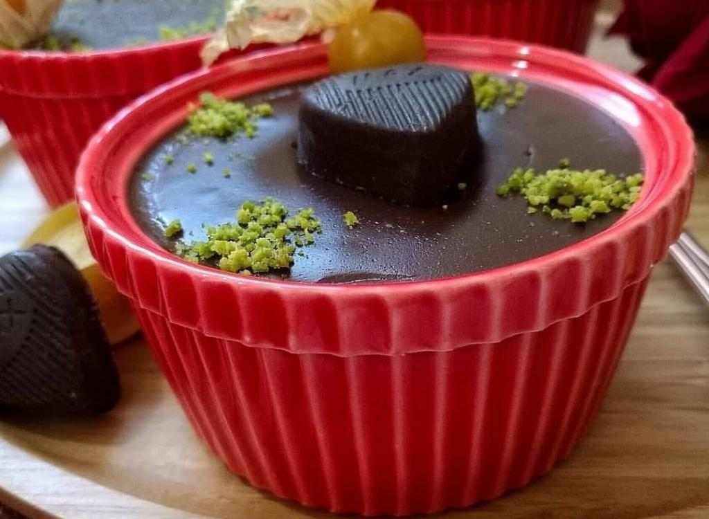 طرز تهیه دنت شکلاتی خانگی با طعم کارخانه ای