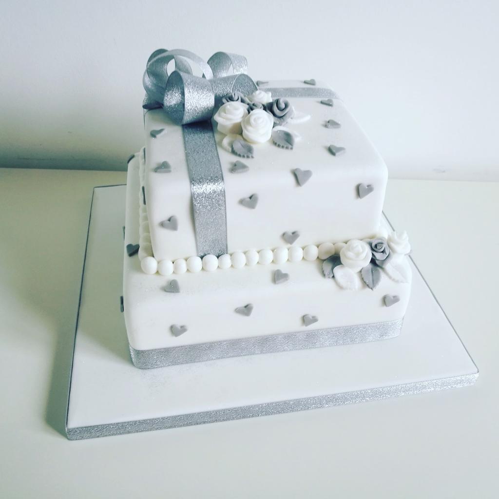 مدل کیک خاص سالگرد عقد