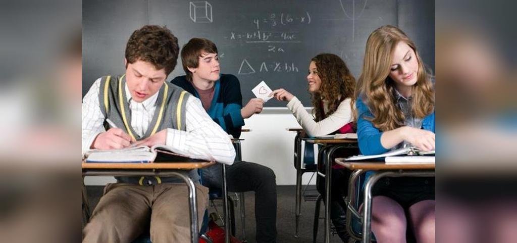 کدام یک از عوامل عاشق شدن در دانشجویان بیشتر متداول است