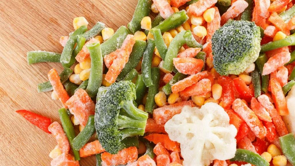 چگونه سبزیجات را فریزر کنیم؟