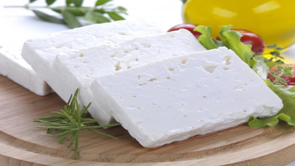 7 خاصیت پنیر فتا برای سلامتی و ارزش غذایی آن