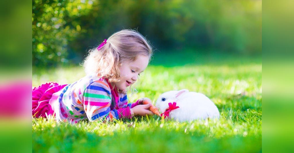 مدل ژست عکس کودک با حیوانات خانگی
