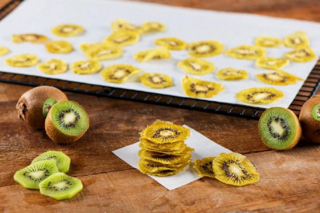 طرز تهیه میوه خشک در خانه