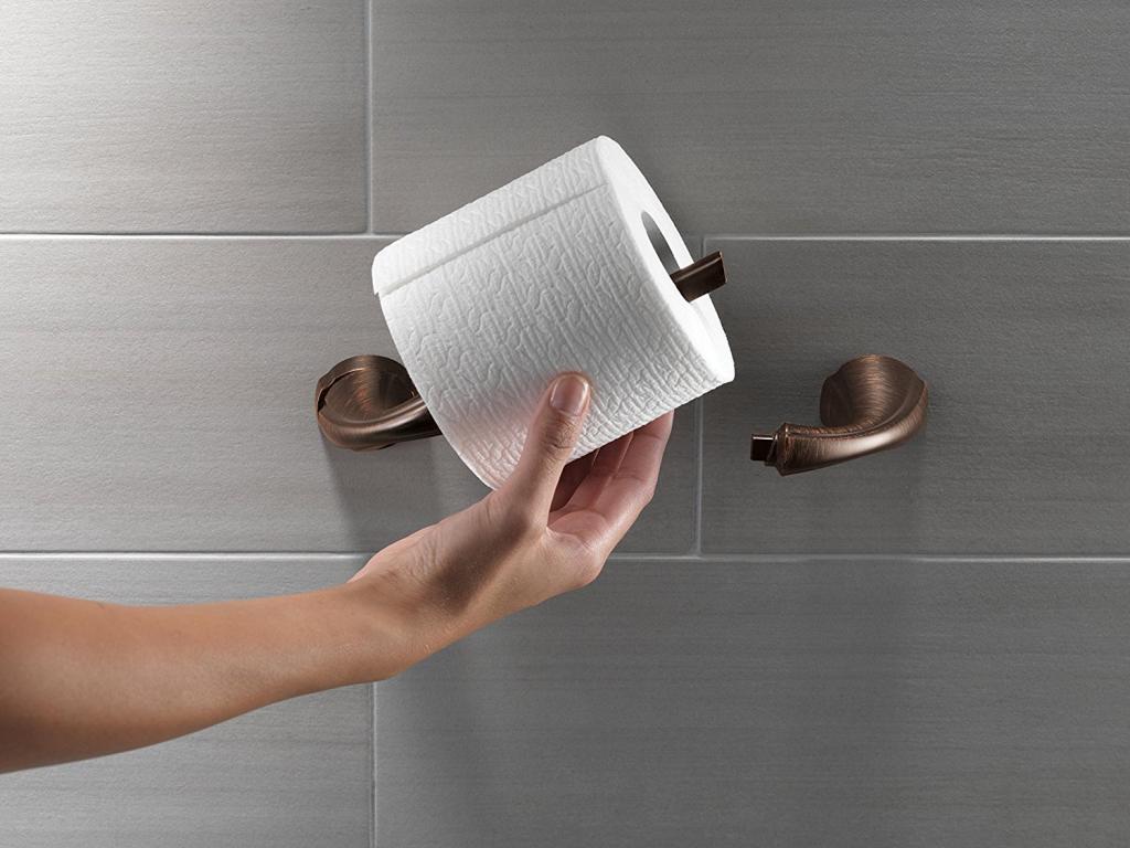 مضرات استفاده از دستمال توالت برای خانم ها