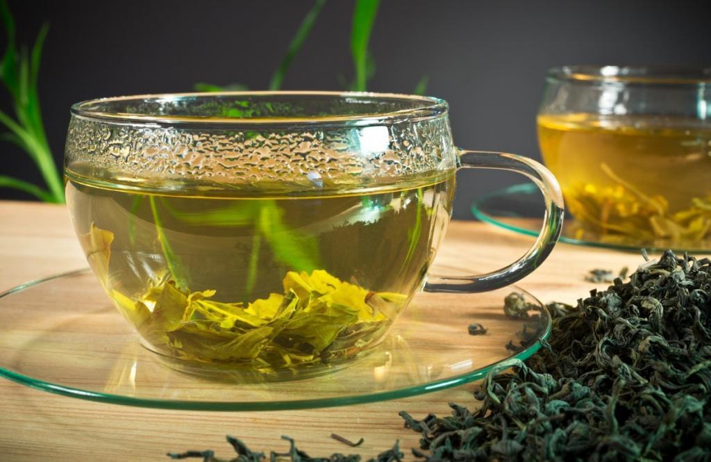 خواص چای سبز در درمان جوش بلوغ