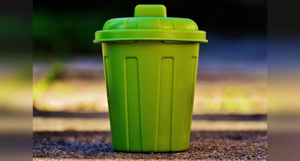 تمیز کزدن سطل آشغال با جوش شیرین