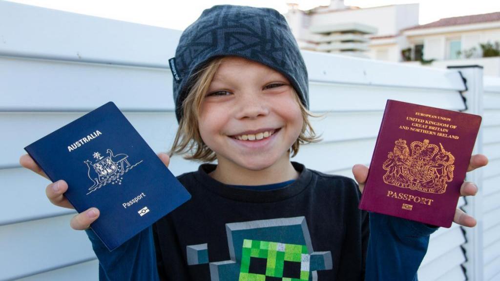 مدارک لازم برای گرفتن پاسپورت نوزاد + مراحل صدور گذرنامه کودک