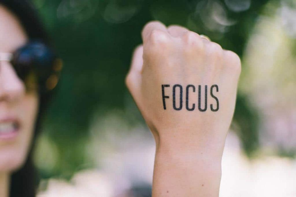 تغییر تمرکز از راه های کاهش و آرام کردن اضطراب