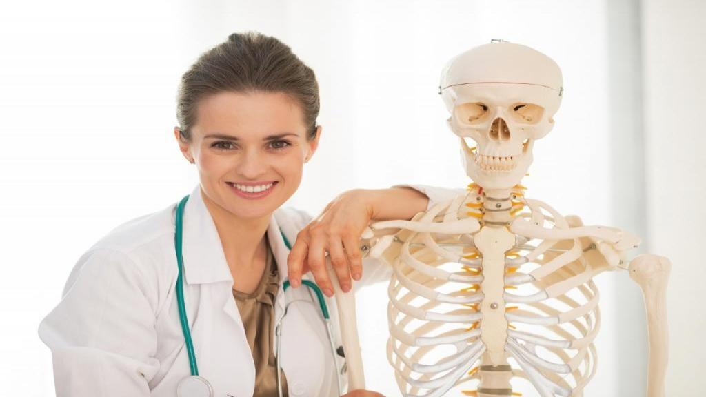 سه علامت هشدار دهنده پوکی استخوان