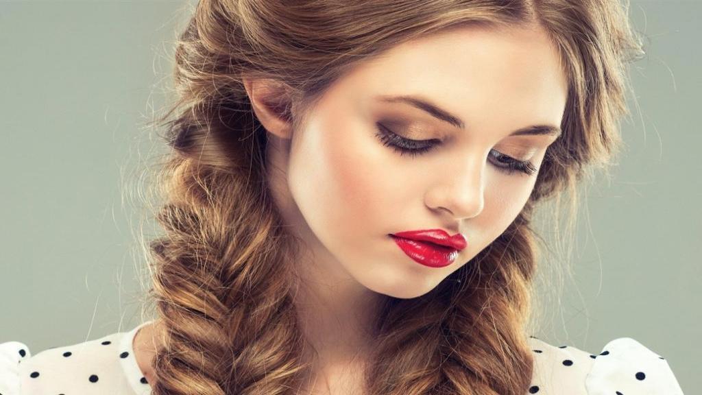آموزش آرایش ساده و شیک دخترانه ؛ ترفند آرایش چشم و میکاپ صورت