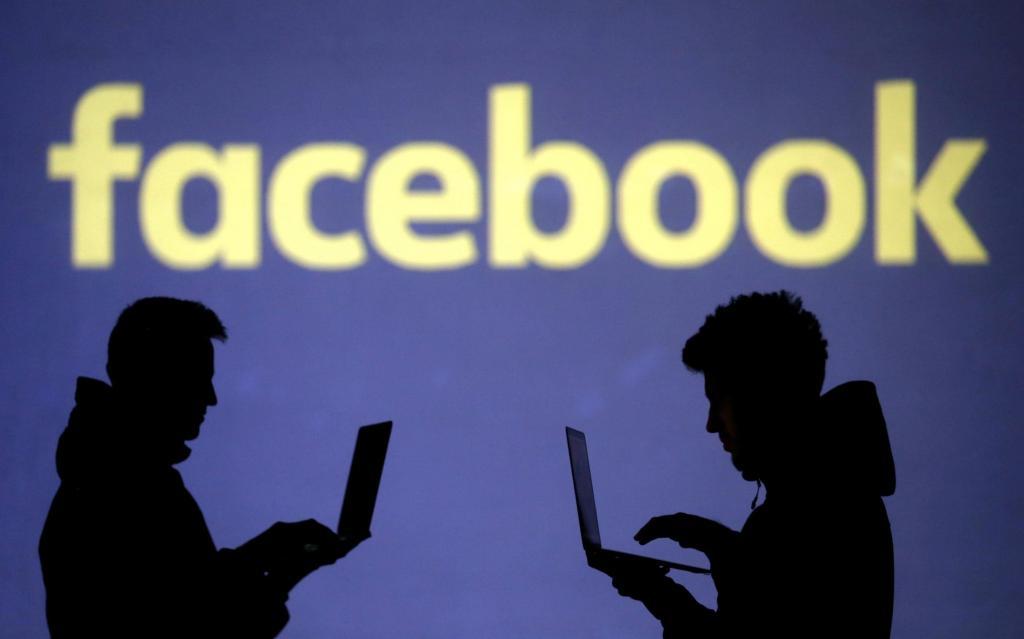 دانلود فیسبوک برای موبایل و کامپیوتر